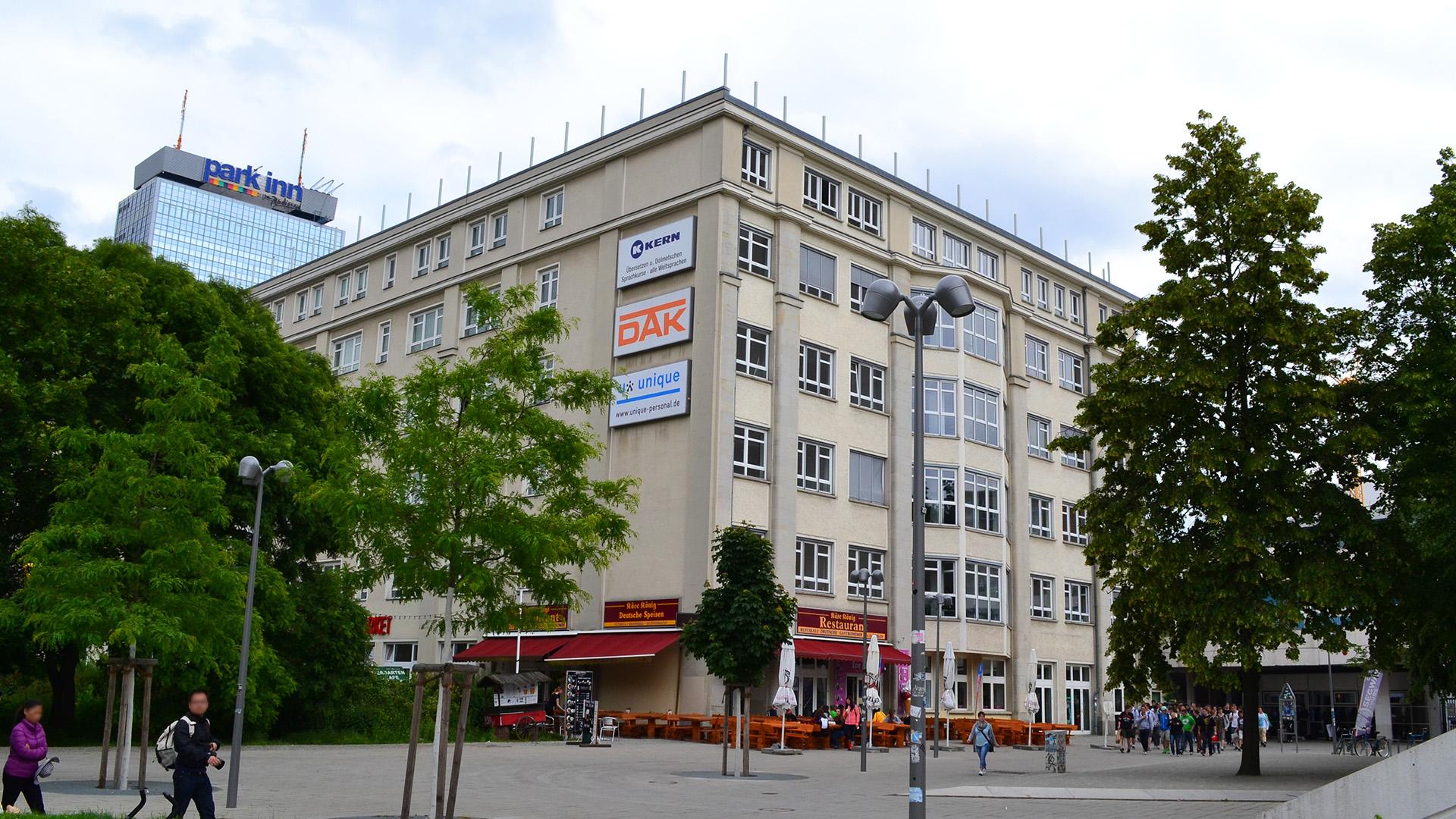 Außenansicht der KERN Sprachschule Berlin