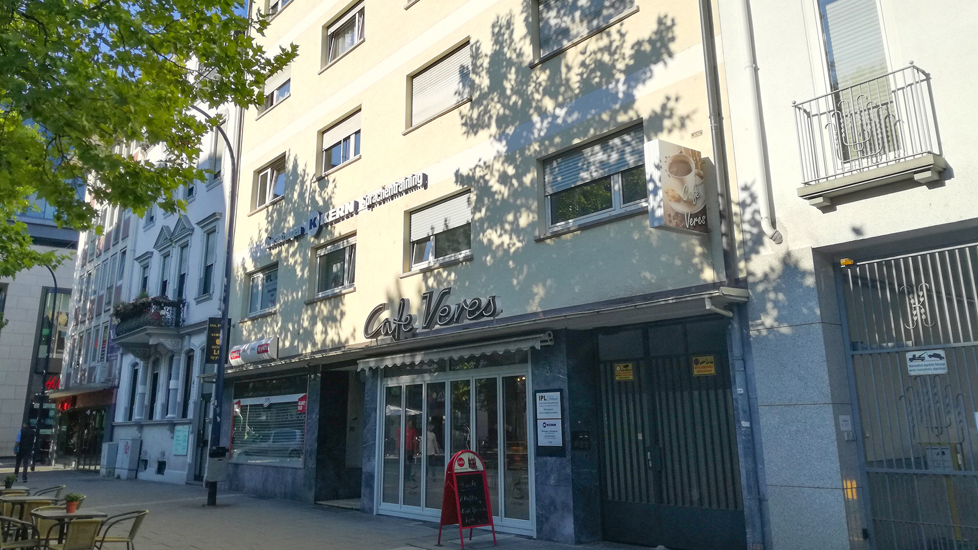 Exterior view of the KERN language school Offenbach am Main